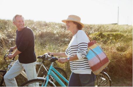 couple avec vélos