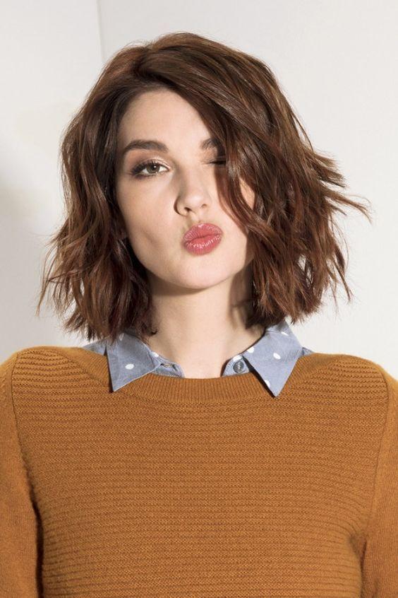 carre-a-la-francaise-coiffure